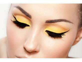 Krótka lekcja makijażu