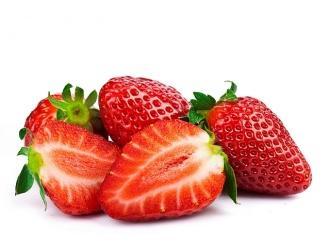 Truskawka – polskie dobro narodowe - dlaczego warto jeść truskawki i jak korzystać z dobrodziejstwa przez cały rok