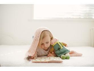Czy podawać dziecku colę, węgiel lub rosół przy infekcjach, nudnościach i biegunce?