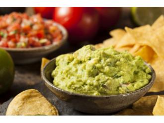 Aksamitny dip guacamole z TABASCO®