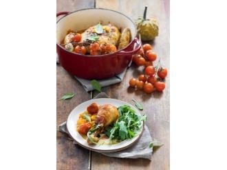 Pieczony Kurczak Zagrodowy z dynią, pomidorami i masłem szałwiowym