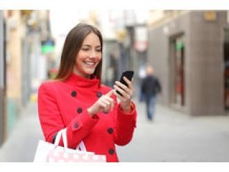 Polacy płacą SMS-ami