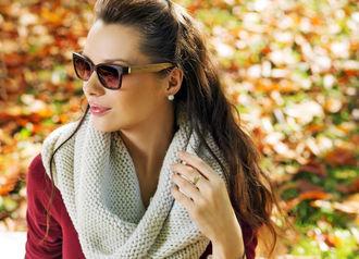 Po co nam okulary przeciwsłoneczne jesienią?
