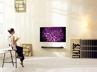 Najnowsze telewizory LG OLED SIGNATURE wkraczają w nowy wymiar designu
