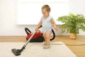 Jak zachęcić dziecko do sprzątania? Sposoby na małego bałaganiarza