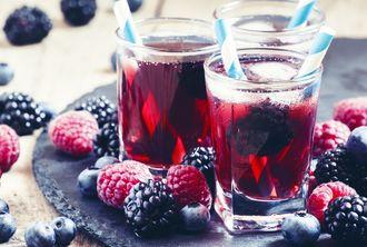 Czas na… porzeczkowe love – przepis na pyszną mrożoną herbatę!