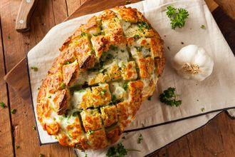 Znajdź chwilę na nietypowe święto –  kulinarne inspiracje na Światowy Dzień Chleba