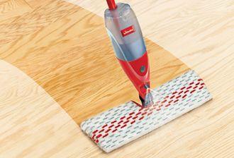 Nowość! Czyste podłogi raz-dwa – nowy mop ze spryskiwaczem Spray & Clean z dwustronną nakładką od marki Vileda