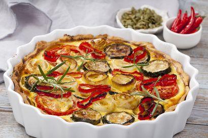przepis-na-wytrawna-tarte-z-warzywami-i-aromatyczna-pasta-dyniowa-z-marchewka-i-imbirem