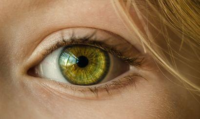 czy-kolor-oczu-wplywa-na-ryzyko